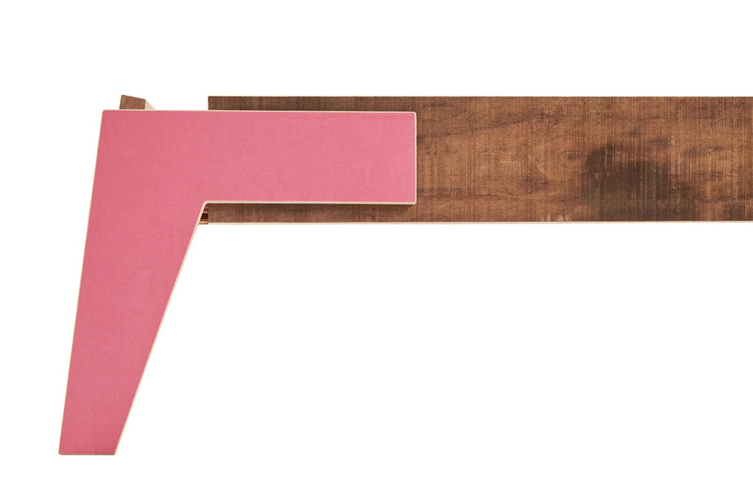 _0037_1.9 pink-ziki Shift Bed_b